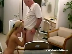 nicole moore sucks off dave cummings old pounder