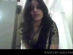 gujrati hotty nadia exposing gonna beauties